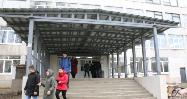 Завершен первый этап ремонта здания Керченского политехнического колледжа