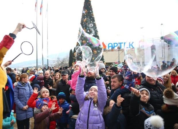 МДЦ «Артек» пригласил юных крымчан в новогоднюю сказку