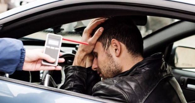 В Алуште алкоголики пешком не ходят - садятся за руль