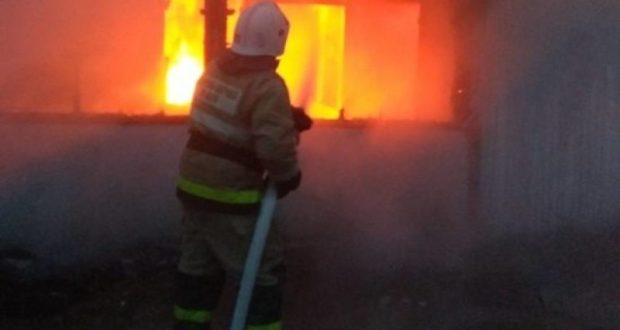 В Красногвардейском районе Крыма сгорел «утепленный» дом