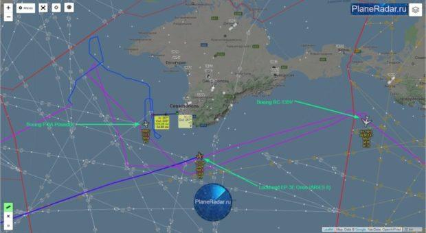 Что-то новенькое. Воздушную разведку у берегов Крыма осуществляют сразу три американских самолета