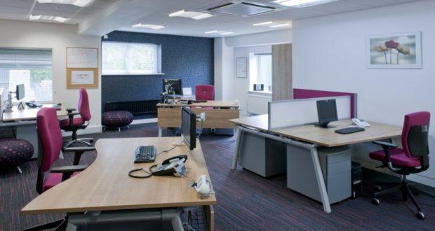 Предстоит покупка офисной мебели? Ищите подходящую в сети Интернет