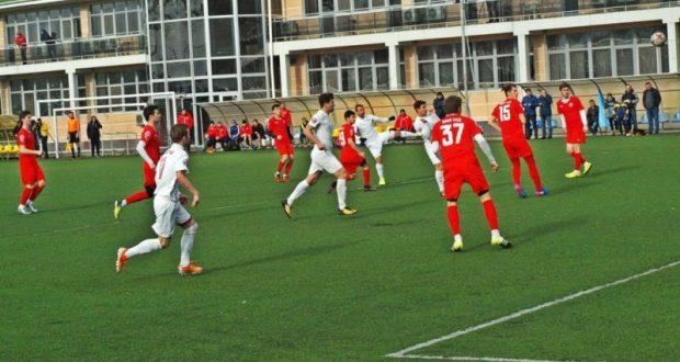 Бахчисарайский «Кызылташ» досрочно вышел в полуфинал Открытого зимнего Кубка КФС
