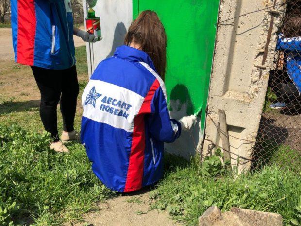 Труд во имя памяти… Три отряда Десанта Победы помогли ветеранам в с. Краснолесье и с. Перевальное