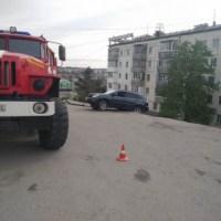 Жителям севастопольской многоэтажки, где обрушилась дворовая автопарковка, вернули свет и тепло
