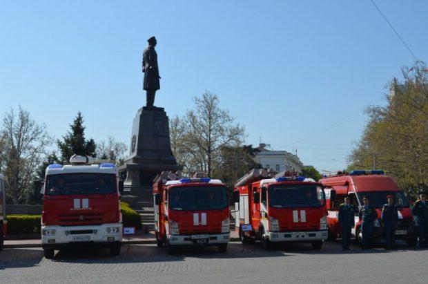 В Севастополе отметили 370-летие пожарной охраны России