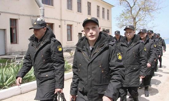 Весенний призыв: первые новобранцы из Севастополя направлены в воинские части