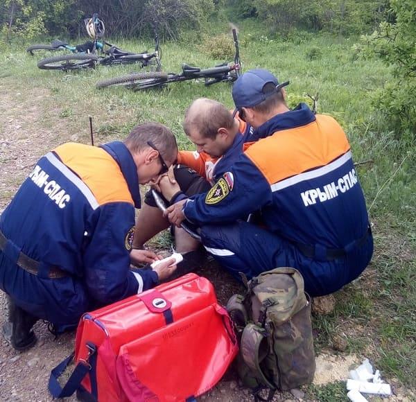 За прошедшие сутки специалисты «КРЫМ-СПАС» провели две поисково-спасательные операции