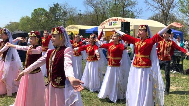 В Крыму отметили Хыдырлез - праздник весны и плодородия