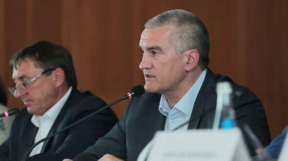Положительные изменения в работе администрации Симферополя есть, но еще работать и работать