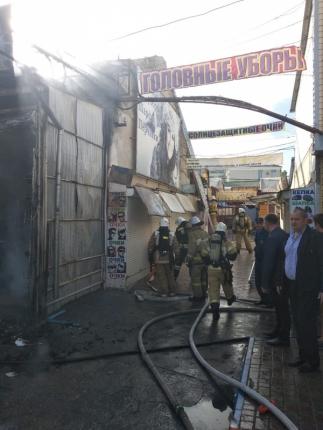 Пожар в Симферополе: горел бутик у центрального рынка