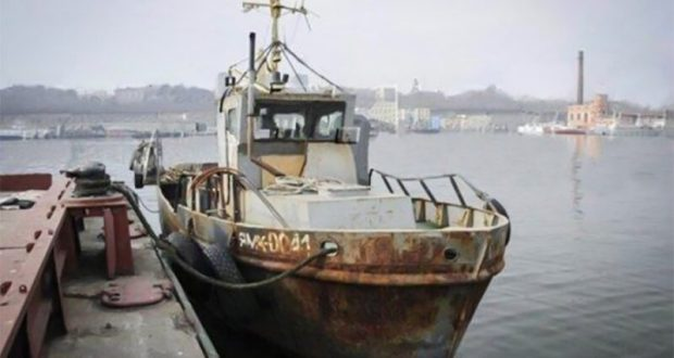 В Крыму рассматривают дело капитана украинского судна браконьеров Виктора Новицкого