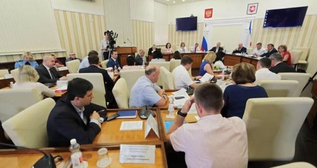 На реконструкцию и установку модульных ФАПов и амбулаторий в Крыму выделен 1 млрд. рублей