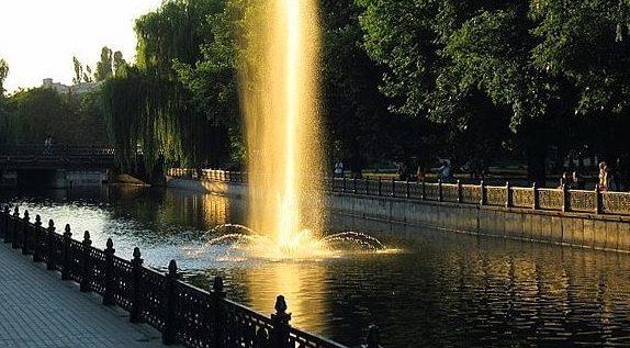 Администрация Симферополя обещает отремонтировать фонтаны на набережной Салгира