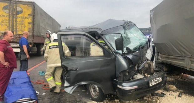 Утреннее ДТП на трассе «Симферополь – Севастополь». Серьезно пострадали три человека