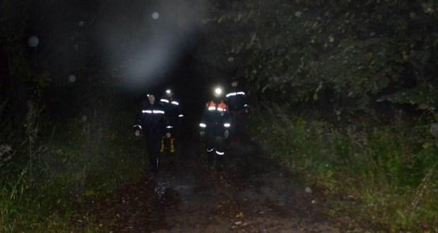 Ночью в районе Красных пещер спасатели нашли заблудившегося пожилого человека