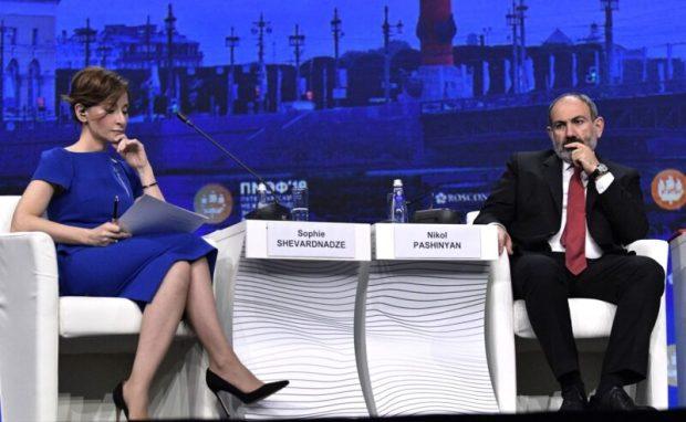 ПМЭФ-2019: Сергей Аксёнов принял участие в пленарном заседании под руководством Президента РФ