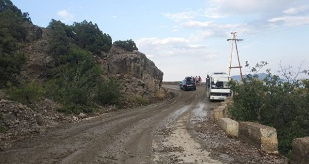 На дорогу «Судак – Новый Свет» сошел селевой поток. Едва не разбился рейсовый автобус
