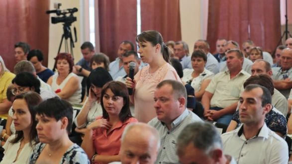 Сергей Аксёнов провёл выездное совещание по проблемным вопросам Раздольненского района
