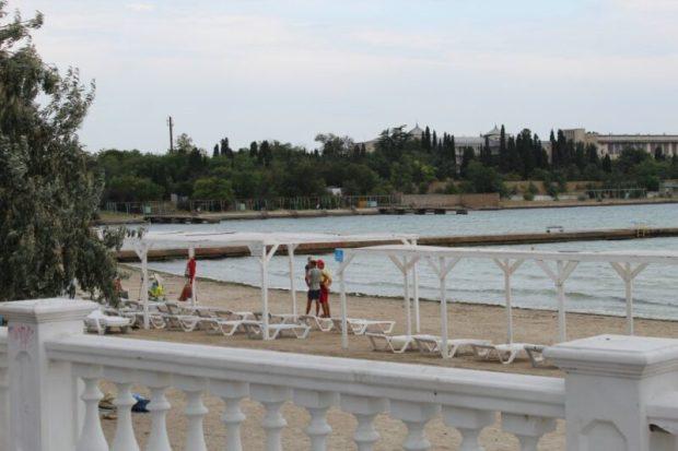 Севастопольские власти хотят благоустроить район пляжа бухты Омега