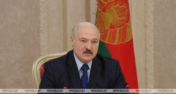 Президент Беларуси осторожно усомнился в том, что Украина сможет «вернуть Крым»