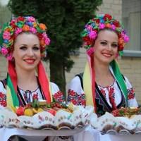 В Крым прибыла делегация украинцев из 9 стран мира
