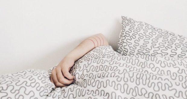 В Севастополе женщина обворовала знакомого пока тот спал после застолья