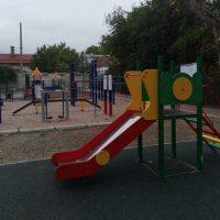 В Симферополе завершили благоустройство единственного в этом году двора по федеральной программе