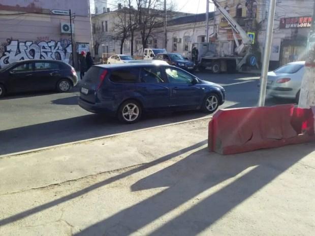 ОНФ в Крыму призывает власти городов контролировать нанесение разметки на дорогах