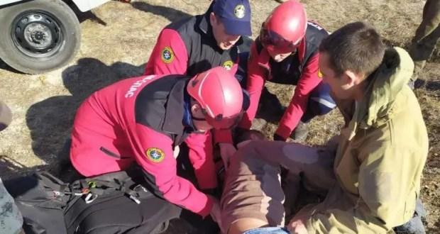 ЧП на горе Клементьева в Крыму - упал парапланерист