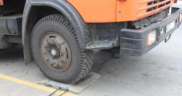 ЧП на автобазе в Судаке: погиб водитель грузовика