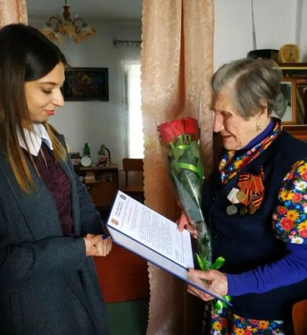 Жительница Симферополя отметила 100-летний юбилей