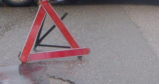 В Феодосии 4-летняя девочка попала под машину. Переходила дорогу