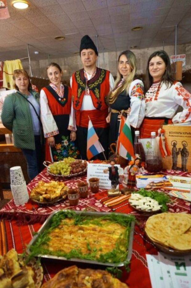 Республиканский фестиваль-конкурс «Соцветие культур Крыма» - 200 артистов со всего полуострова
