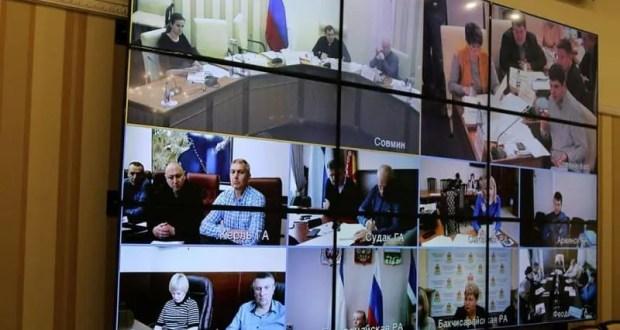 В Республике Крым полностью «перезагружена» власть на местах