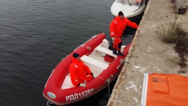 В Керчи спасатели локализовали разлив нефти в море. Учения «КРЫМ-СПАС»
