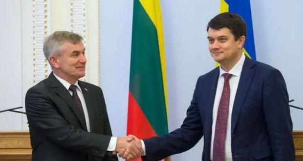 «Сильная» Литва «никогда не признает» российский Крым