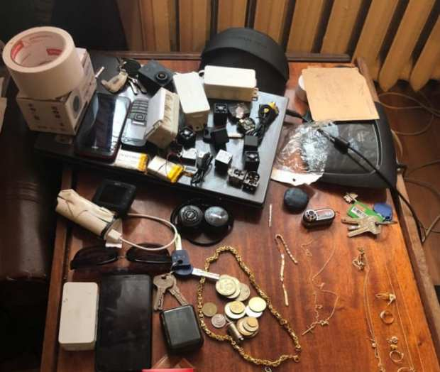 В Симферополе задержали двоих подозреваемых в совершении серии квартирных краж