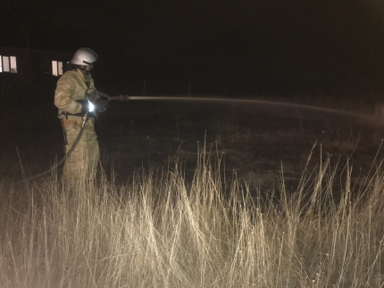 В Крыму - пожароопасно! За минувшие сутки потушены более полусотни возгораний
