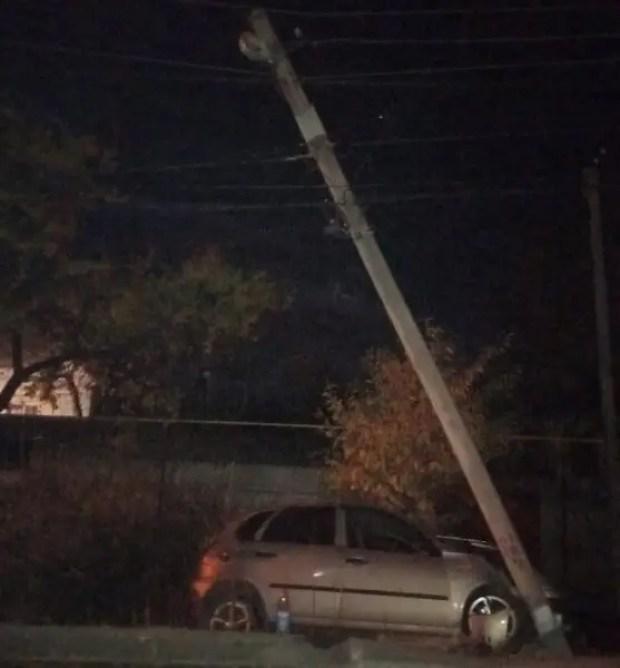Вечернее происшествие в поселке Комсомольское, под Симферополем: «минус» «Лада Калина»
