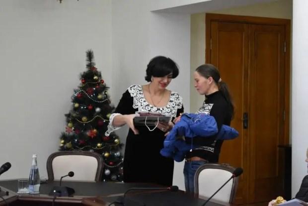 Две симферопольские семьи получили к Новому году ключи от квартир