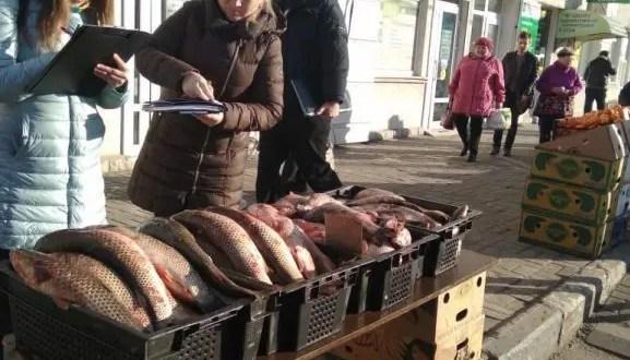 В Севастополе полиция и ветеринары вычисляли стихийных торговцев