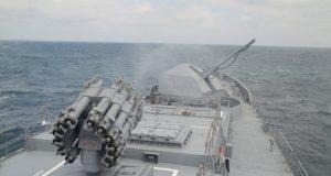 Экипаж фрегата «Адмирал Эссен» выполнил стрельбы по морской и воздушным целям в Чёрном море