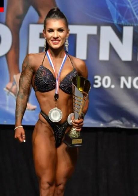 Ольга Луценко из Севастополя - серебряный призёр чемпионата мира по фитнесу