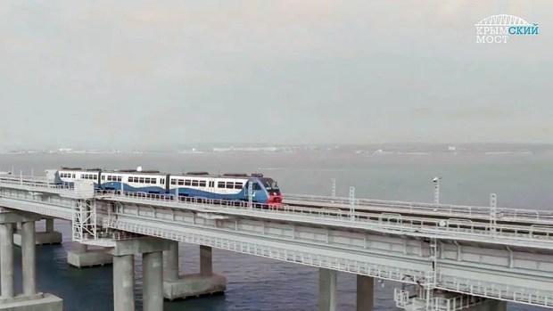 На Украине «сильно возбудились» по поводу открытия железнодорожной части Крымского моста