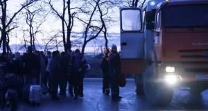 Инженеры и рабочие уезжают со стройки Крымского моста. Она завершена, впереди новые объекты