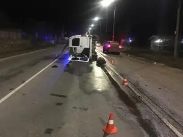 Стреляли... В Феодосии пьяный водитель микроавтобуса устроил беспредел на дороге