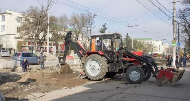 Власти Симферополя уверяют: обустройство дорог к объектам ФЦП - на завершающем этапе