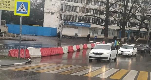 Утро понедельника совсем скоро: автолюбители Симферополя, сквозного проезда по улице Гагарина нет