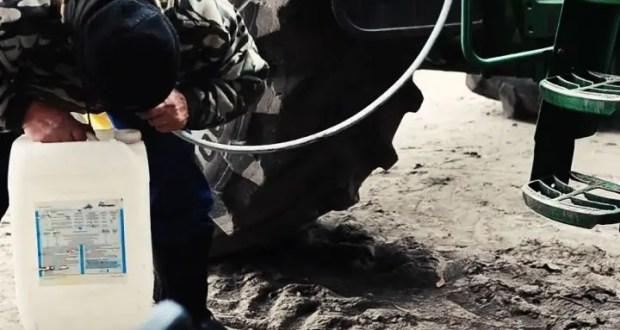 На одном из крымских предприятий ушлый водитель «посменно» сливал солярку